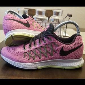 Nike Zoom Pegasus 32 Size 8 Pink Green